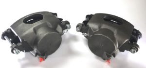 Pair of GM Front Single Piston Brake Calipers with Pads - Zinc Coated