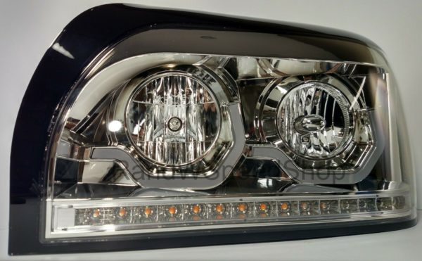 Pair of Chrome Headlights with LED Turn Signal & Light Bar for Freightliner Century